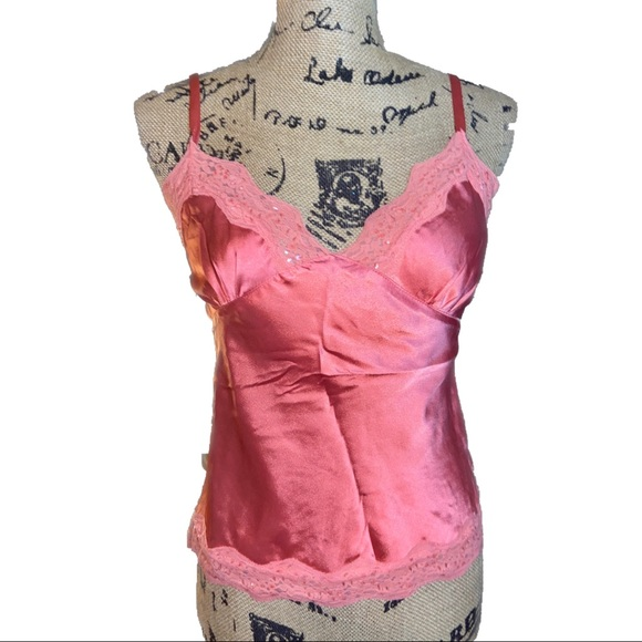 LN- Silky Salmon Pink Lace & Sequined Hemmed Cami